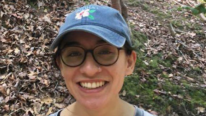 Lara Alkasem könnte zurück in die USA reisen. Doch das will die 22-Jährige nicht.