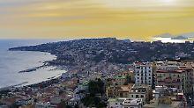 Die Wurzeln des Ferrante-Kosmos: Neapel, viele Dessous und ein Trauma