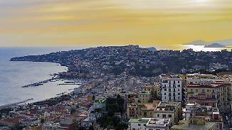 Die Wurzeln des Ferrante-Kosmos': Neapel, viele Dessous und ein Trauma
