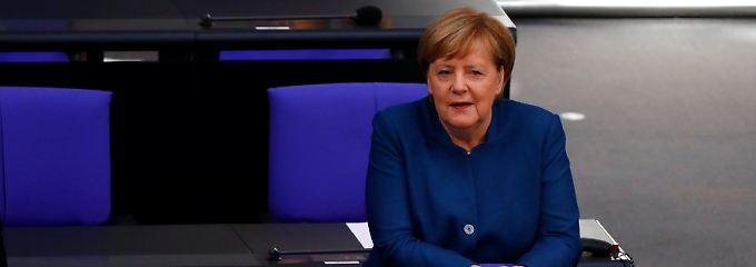 Berlin prüft alle Szenarien: Merkel: Noch Chance auf Brexit-Abkommen