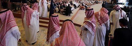 """""""Davos der Wüste"""" beginnt: Saudi-Arabien wickelt Milliardengeschäfte ab"""