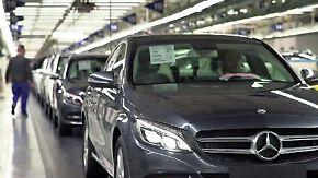Experten bemängeln fehlende Weitsicht: Daimler erhöht Dividende trotz Doppel-Gewinnwarnung