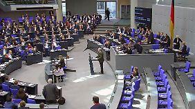 AfD macht Stimmung gegen UN-Plan: Migrationspakt-Grundsätze gelten in Deutschland schon