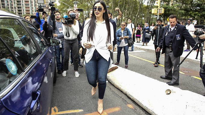 Emma Coronel im September 2018 vor dem Gerichtsgebäude in New York.