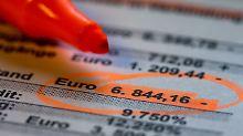Wer im laufenden Verfahren seine Schulden vorzeitig loswerden will, kann mit den Gläubigern einen Insolvenzplan vereinbaren.