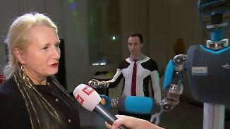 """DLR-Vorsitzende über arbeitende Roboter: """"Ich glaube, dass dauert noch sehr"""""""