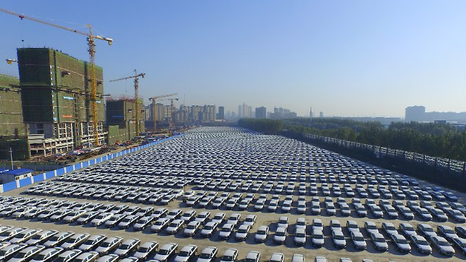 On the Changchun VW site about 850 kilometers northeast of Beijing, new cars are ready to be sent.
