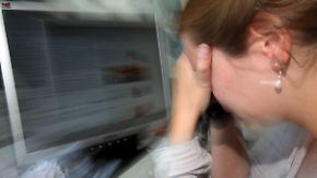 Zunahme psychischer Erkrankungen: Wie Hamburg gegen Stress am Arbeitsplatz vorgehen will