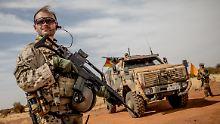 Plan aus eigenem Ministerium: Scholz gegen längeren Dienst für Soldaten