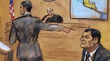 """""""El Chapo"""" (r., Skizze vom Prozesstag am 13. November) ließ mutmaßlich einen Mann töten, weil der ihm nicht die Hand gab."""