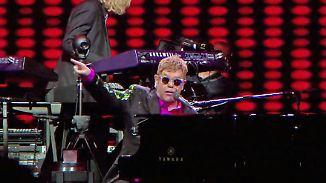 Promi-News des Tages: Konzerthalle fast voll - Elton John sagt kurzfristig ab