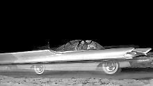 Bereits 1955 begann die Autoindustrie in anderen Sphären und Dimensionen zu denken. Die Raumfahrt machte es möglich.