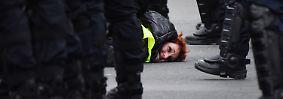 """Paris erlebt schwarzen Samstag: """"Gelbwesten""""-Protest wird zu Gewaltexzess"""
