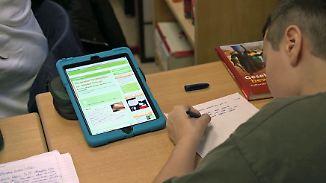 Internet, Smartboard und Tablet in Bochum: Diese Schule zeigt, wie digitaler Unterricht funktioniert