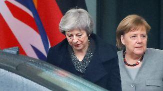 Helfen ja - aber wie?: Merkel lehnt weitere Öffnung des Brexit-Abkommens ab