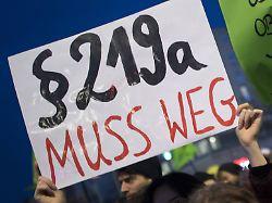Trotz Mehrheit im Bundestag: Koalition blockiert Abstimmung über 219a