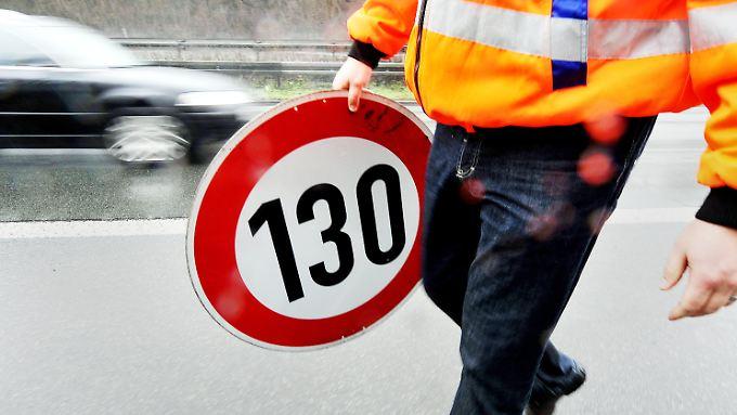 Pro und Kontra: Beim Tempolimit für Autobahnen ist Deutschland gespalten
