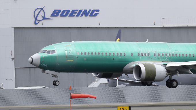 Flugzeugbauer unter Druck: 737-Pannen nagen am Boeing-Image