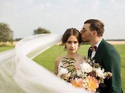 Hochzeit mit Topmodel-Kandidatin: Casper sagt Ja - zum zweiten Mal
