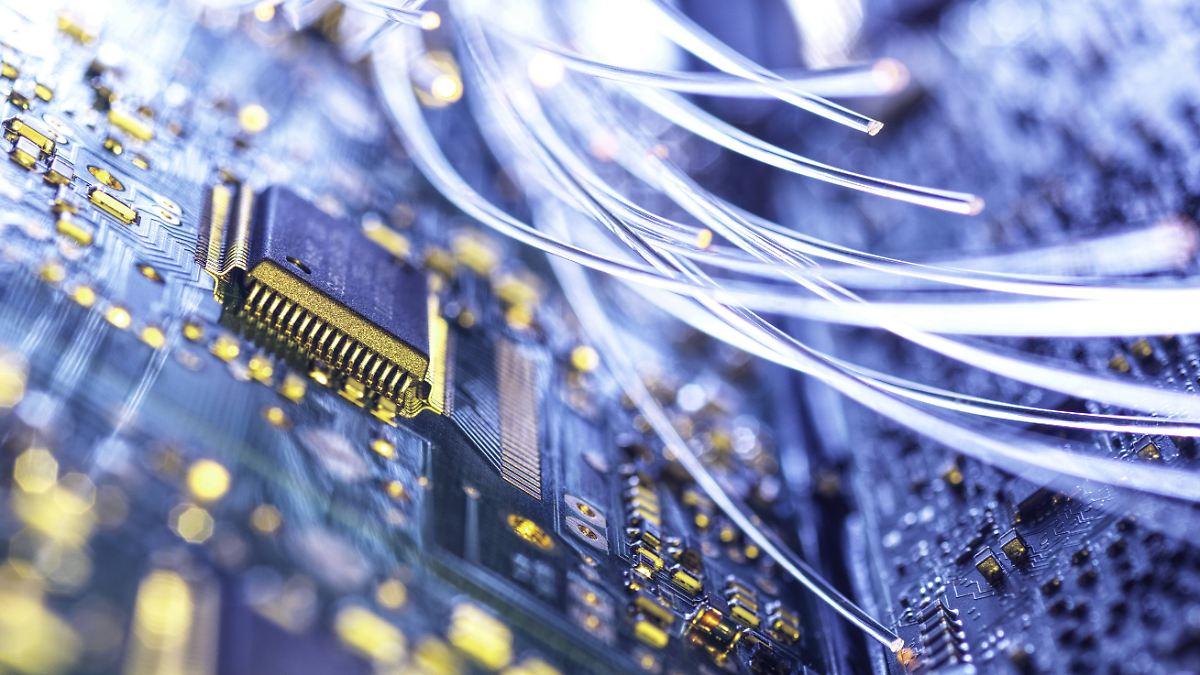 Hacker knacken weltweit Mobilfunkanbieter