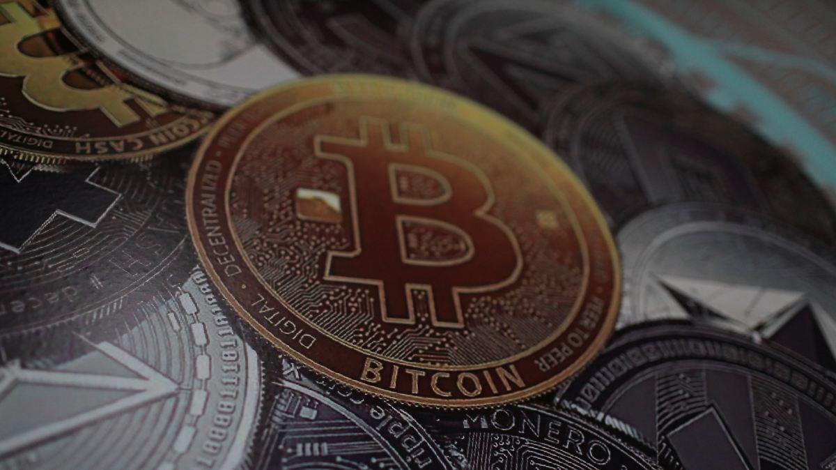 Bitcoin rauscht unter 10.000 Dollar
