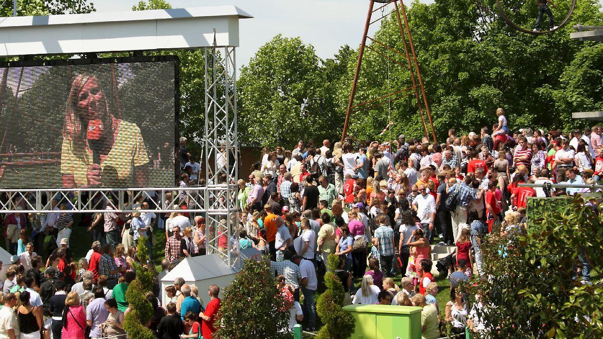 Fernsehgarten-Publikum flieht vor Gewitter