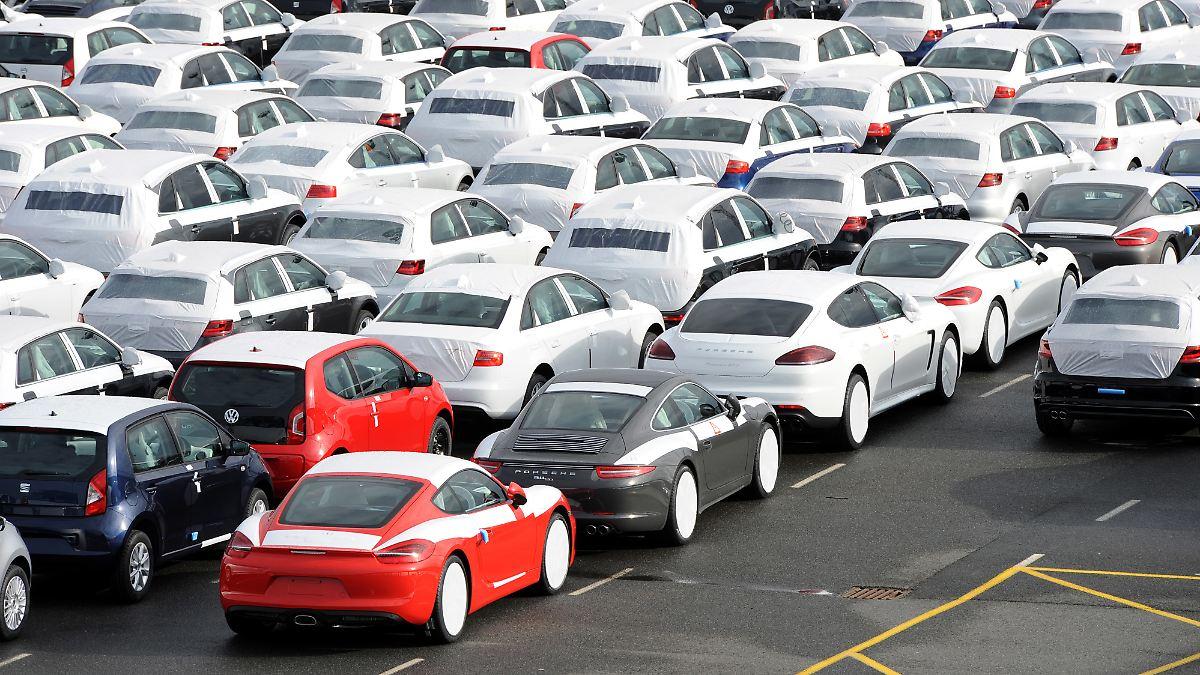 Starke Absatzzahlen der Autobranche trügen
