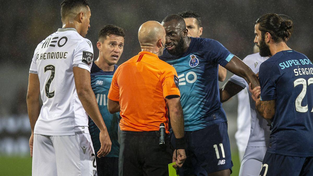 Porto-Star flüchtet vor rassistischer Attacke