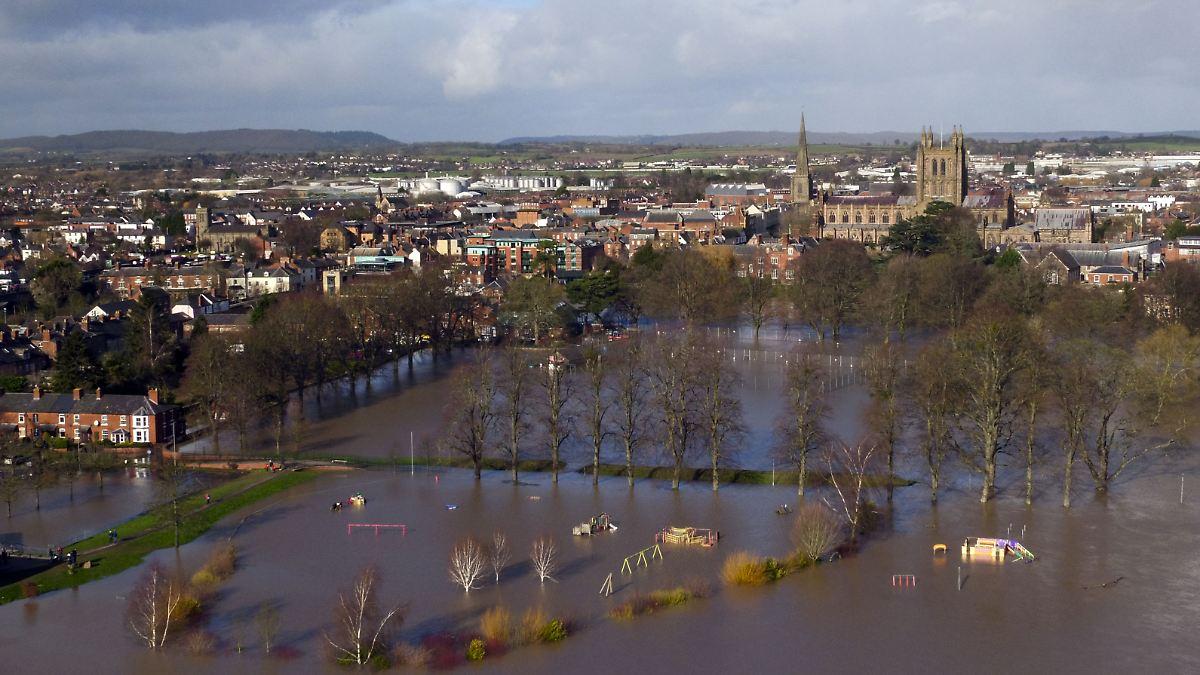 Großbritannien befürchtet neues Hochwasser