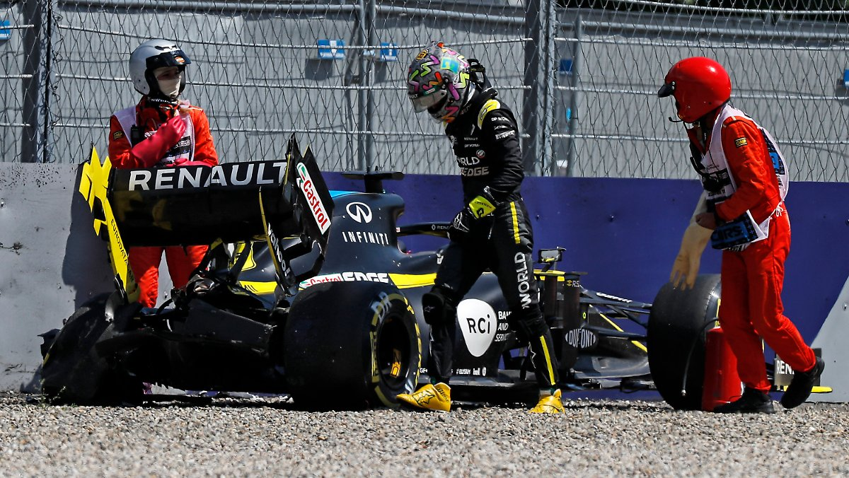 Ricciardo crasht heftig, Vettel droht Debakel