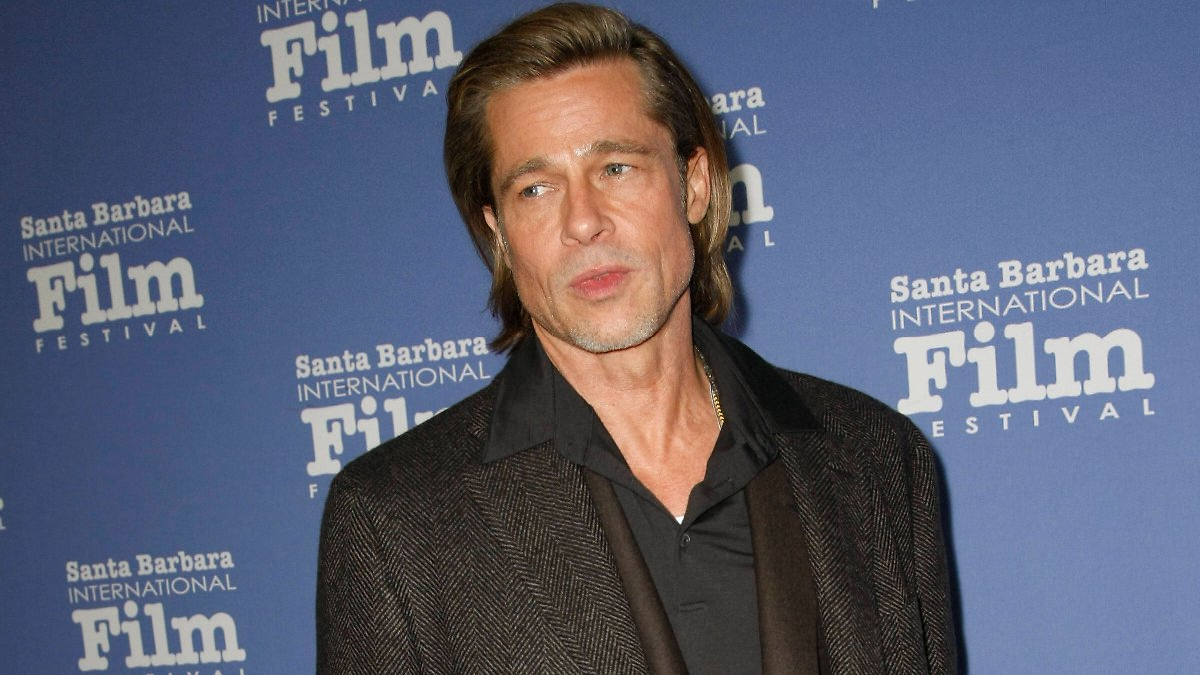 Brad Pitts Mutmassliche Freundin Nicole Poturalski Soll In Offener Ehe Leben