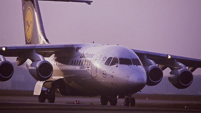 Mit dem Flugzeug geht es am schnellsten und am günstigsten von Stadt zu Stadt.