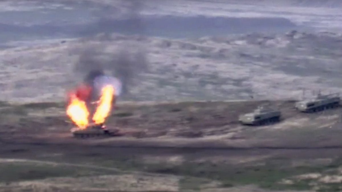 Gefechte Mit Armenien Auch Aserbaidschan Verhangt Kriegsrecht N Tv De