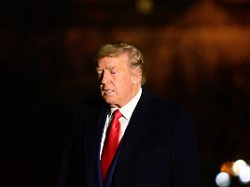 imago0109466602h - Zwei Wege zum vorzeitigen Ende: So könnte Trump des Amtes enthoben werden