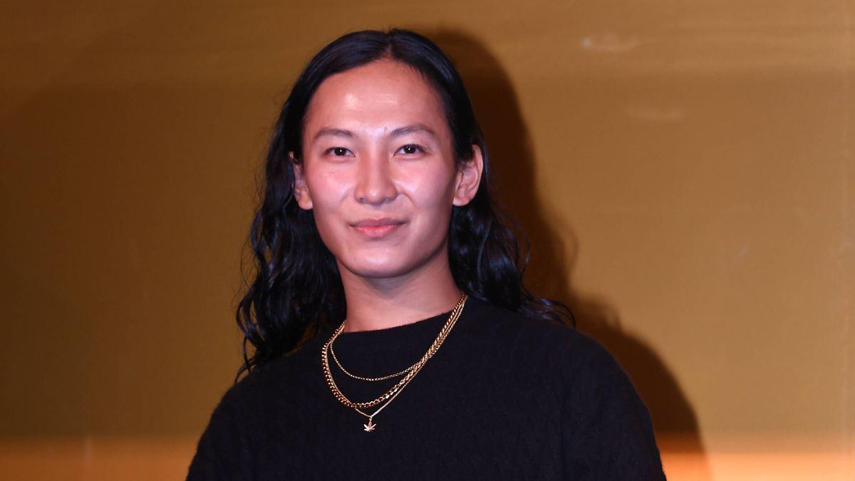 Vorwurf an Modedesigner:Nötigte Wang junge Männer sexuell? - n-tv NACHRICHTEN