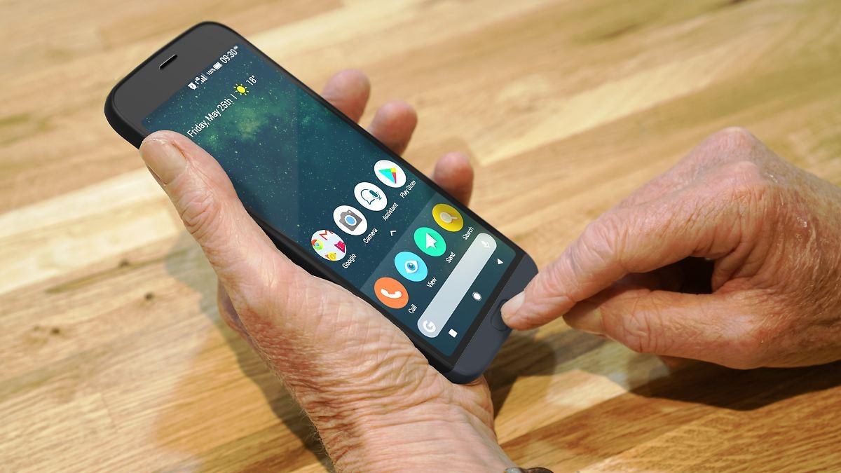 Spezialisten bevorzugt:Warentest kürt beste Senioren-Handys - n-tv NACHRICHTEN