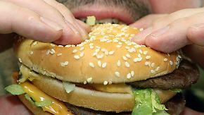Nicht nur mehr Hüftgold: Fast Food lässt Gehirn schrumpfen