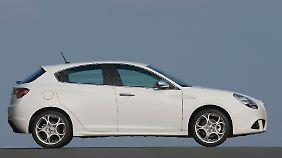 Sie zeigt uns ihre Kurven: Die Giulietta ist ein schönes Automobil geworden.