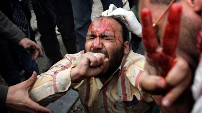 Straßenschlacht in Ägypten: Provokateure heizen Krawalle an