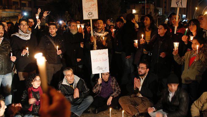Bislang sind aus Syrien nur friedliche Solidaritätsbekundungen mit den Ägypter überliefert.