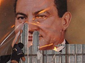 Mubarak wurde nach Jahrzehnten aus dem Amt gejagt.