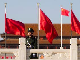 Der chinesische Sicherheitsapparat rüstet sich, um eventuelle Proteste zum Auftakt des Volkskongresses, der am 5. März beginnt, zu verhindern.