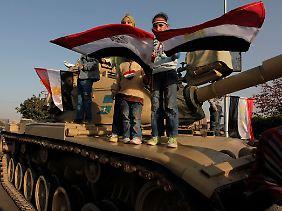 In Kairo gingen die Menschen wieder auf den Tahrir-Platz, um ihren Willen nach wirklichen Wandel zu bekräftigen.