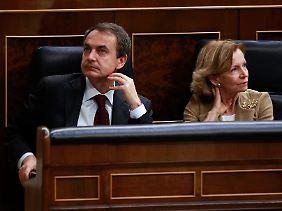 Keine guten Nachrichten für Spaniens Ministerpräsident Jose Louis Zapatero und Wirtschaftsministerin Elena Salgado.