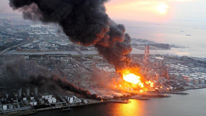 Gewaltige Schäden in Japan: Jahrhundertbeben hinterlässt Zerstörung