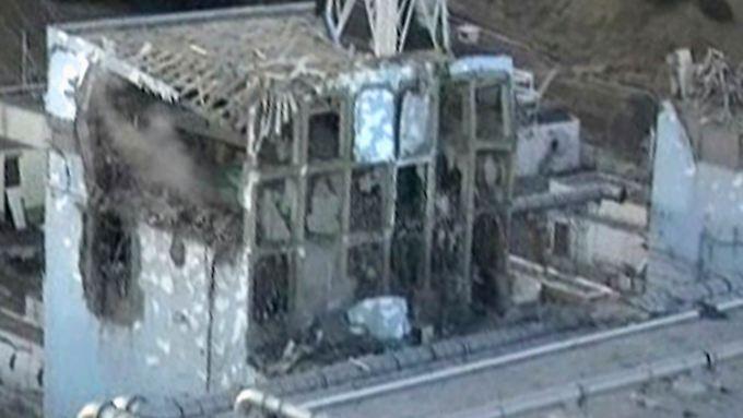 Die Situation in Reaktor 4 (Foto) stellt nach Auffassung der Fachleute eine große Sicherheitsgefahr dar.