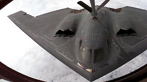 Kriegsschiffe, Kampfjets und Flugzeugträger: Das Arsenal des Westens