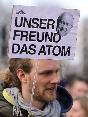 Dank an Rainer Brüderle in Hamburg.