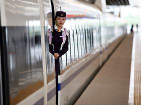 Bereit zur Abfahrt: Chinas Hochgeschwindigkeitsnetz wächst im Rekordtempo.