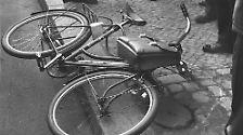 Nach Ansicht Langguths sollte die Birthler-Behörde jetzt auch untersuchen, ob die Schüsse auf Rudi Dutschke 1968 einen möglichen Stasi-Hintergrund hatten.